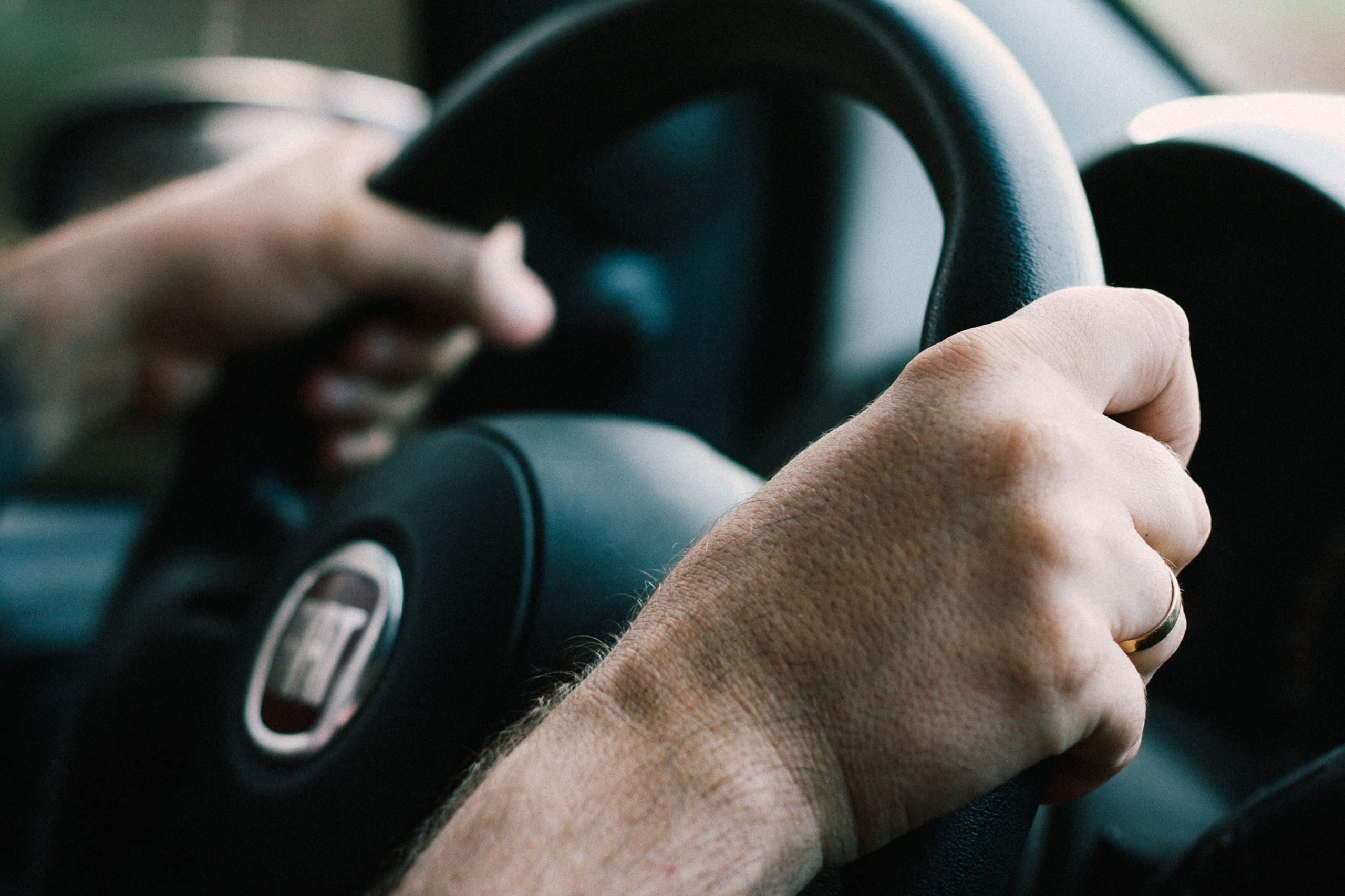 Fiat, Chrysler, Peugeot i Citroen zgadzają się na połączenie